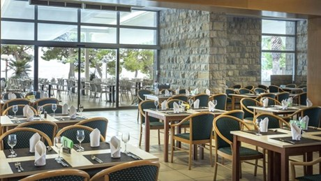 Alga buffet restaurant with terrace