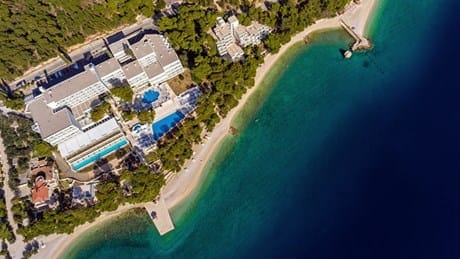 Aerial view of SENTIDO Bluesun Berulia