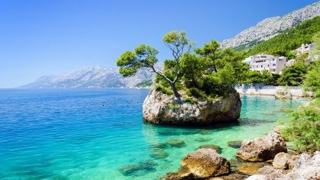 7 reasons to visit stunning Brela in Croatia
