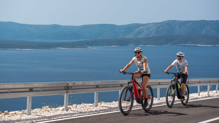 Bike & Spa Zlatni rat
