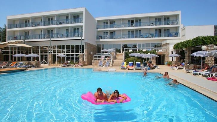 Sistemazione Di Lusso Nell U0026 39 Hotel Borak A Bol Sull U0026 39 Isola Di