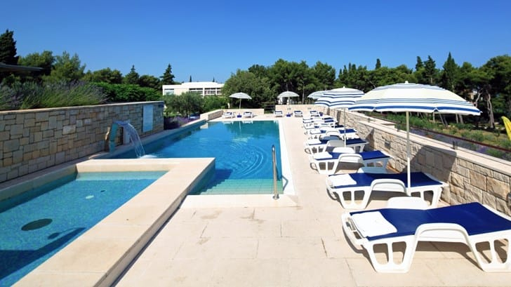 Supetar, resort Velaris