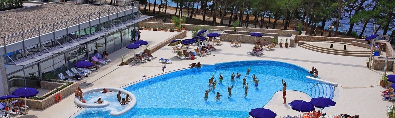 Awesome 25% Discount on Zlatni Rat Beach